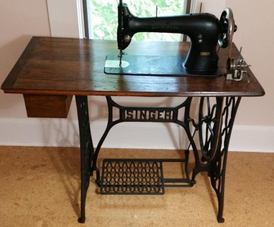 Singer 31-15 Treadle Sewing Machine